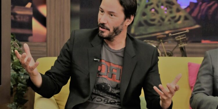 MIAMI, FL - OCTOBER 09: Keanu Reeves is seen on the set of Despierta America to promote the new movie 'John Wick' at Univision Headquarters on October 9, 2014 in Miami, Florida. (Photo by Alexander Tamargo/Getty Images)